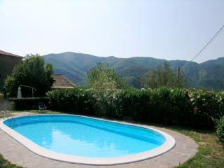 Romantic 1 bedroom Condo in Comano with Shared Outdoor Pool - Comano vacation rentals