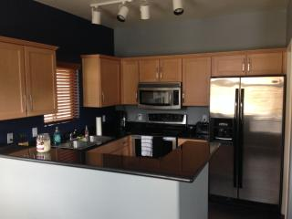 Nice 2 bedroom Townhouse in Tempe - Tempe vacation rentals