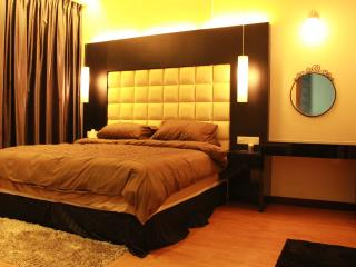 Imperial Suites Service Apartment Kuching - Kuching vacation rentals