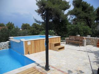 Nice Condo with Internet Access and A/C - Splitska vacation rentals