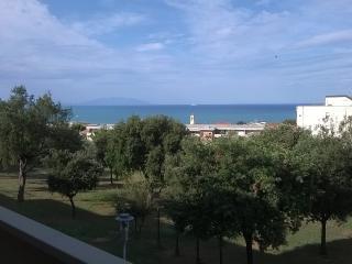 San Vincenzo (Li) delizioso trilocale vista mare - San Vincenzo vacation rentals