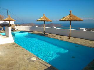Cozy 3 bedroom Villa in Plaka - Plaka vacation rentals