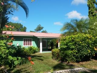 Beautiful 3 bedroom David House with Internet Access - David vacation rentals