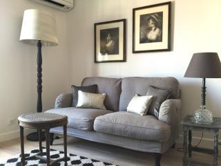 2P Vieux-Nice avec balcon et air conditionné - Nice vacation rentals