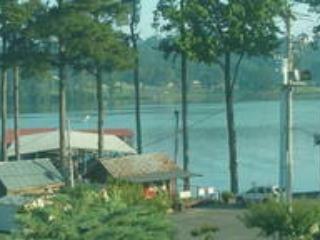 Captain's Quarter's at Spring Creek Marina - Guntersville vacation rentals