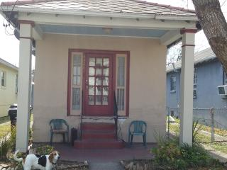 Minutes  away from the CBD - New Orleans vacation rentals
