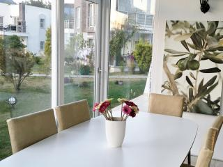 2 bedroom Apartment with Satellite Or Cable TV in Bitez - Bitez vacation rentals