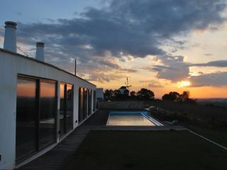 3 bedroom Windmill with Dishwasher in Torres Vedras - Torres Vedras vacation rentals