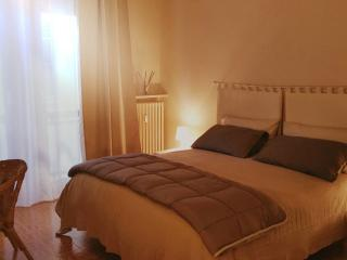 Casa Moretti - apartment in the old town - Casale Monferrato vacation rentals