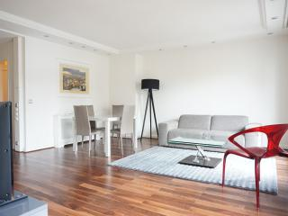 208076 - avenue George V #2 - PARIS 8 - 7th Arrondissement Palais-Bourbon vacation rentals