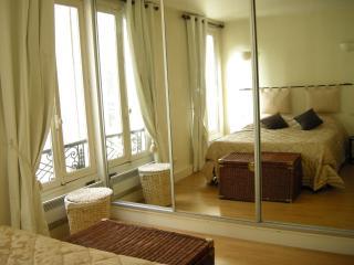 292007 - rue Madeleine Michelis - NEUILLY 92 - Hauts-de-Seine vacation rentals