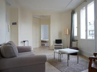 292012 - rue de Longchamp - NEUILLY 92 - Hauts-de-Seine vacation rentals