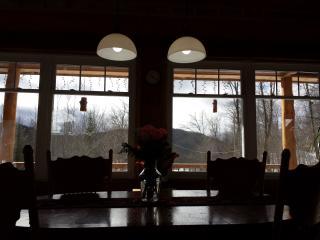 Chalet montagnard des Pays d'en Haut - Sainte-Adele vacation rentals