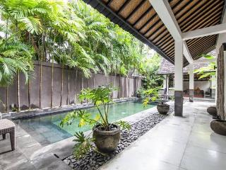 Stunning 2 bedroom Villa in Beachside Seminyak. - Seminyak vacation rentals