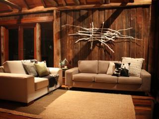 Blair Athol Estate Athol Cottage - Wollombi vacation rentals