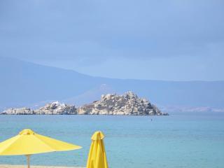 Casa Aragosta 70m from the beach - Mikri Vigla vacation rentals