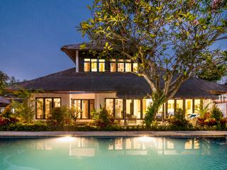11 BDR Estate, 5* Luxury, Great Location, Perfect - Sanur vacation rentals