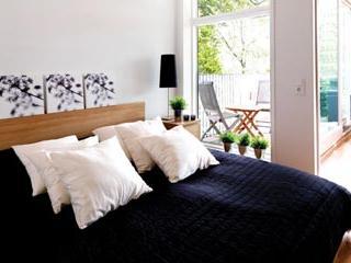 1 Bedroom Apartment in Oslo's Grunerlokka - 486 - Oslo vacation rentals