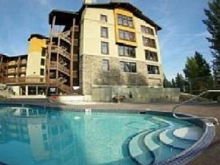 Beautiful 3 bedroom condo on the ski hill - Edmonton vacation rentals