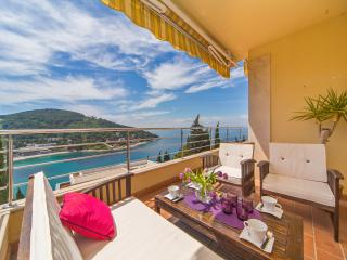 Reve Bleu | Fantastic Seaside 2-BR with Balcony, Terrace and Parking! - Dubrovnik vacation rentals