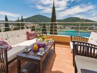 Reve Bleu   Fantastic Seaside 2-BR with Parking! - Dubrovnik vacation rentals