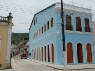 Conforto e bom gosto no Recôncavo da Bahia!!! - Sao Felix do Coribe vacation rentals