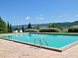 Charming 3 bedroom House in Trevinano - Trevinano vacation rentals