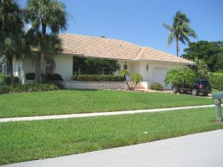 Beach Walk Villa with private pool and boat dock - Marco Island vacation rentals