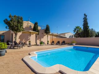 SANT BLAI VELL - Villa for 10 people in Campos - Campos vacation rentals