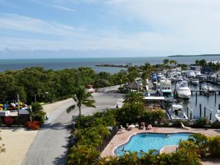Key Largo Oceanfront Condo with Spectacular views - Key Largo vacation rentals