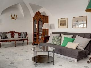 Bookwedo Piazza Venezia - Rome vacation rentals