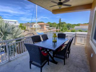 Nice House with Internet Access and Dishwasher - Key Largo vacation rentals