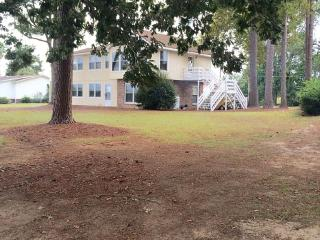 Foxboro Golf Club on Taw Caw Creek - Summerton vacation rentals