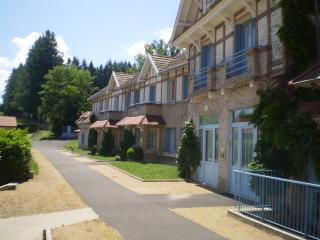 Gîte n°3 - 7 personnes - Le Domaine des Plaines - Ambert vacation rentals