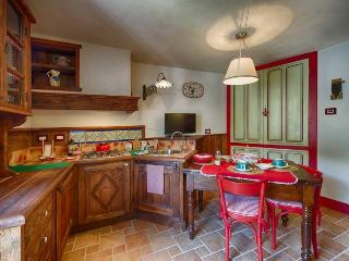 Le Fil Rouge 6 places Apartment - Nus vacation rentals