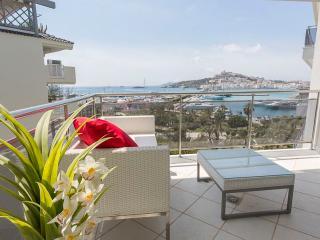 Bahia Two Bed, Marina Botafoch - Ibiza Town vacation rentals
