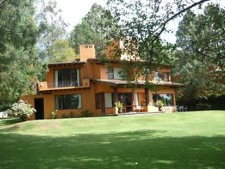 Casa campestre en Club de Golf - Valle de Bravo vacation rentals