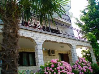 House Ana - CRIKVENICA - Apartman 2-4 people - Crikvenica vacation rentals