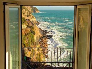"""Crem Caramel"" e il mare incantato - Manarola vacation rentals"