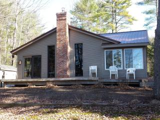Year-Round Lakeside Family Destination - Waterford vacation rentals