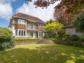 Luxury Detatched 4 Bed House - 10 mins from Beach - Hove vacation rentals