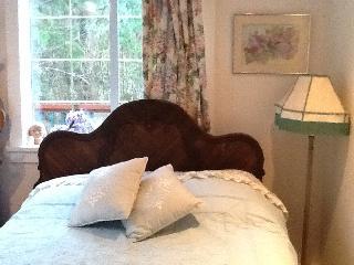 Dreaming of Lilacs - B & B at Lilac House - Sooke vacation rentals