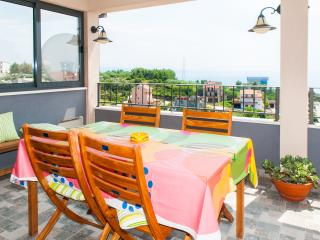 Happy sunny 3  bedroom apt. with seaview - Podstrana vacation rentals