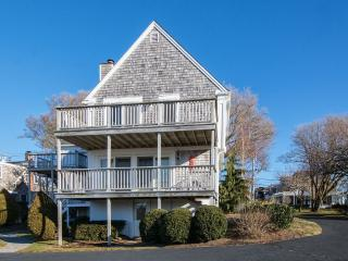 2 Bedroom Renovated Condo In Town - Chatham vacation rentals
