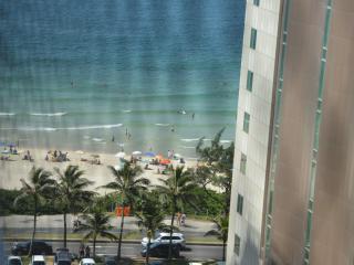 Aconchegante apartamento com vista para o Mar - Rio de Janeiro vacation rentals