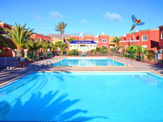 Owners direct-kalmahouse-pool, satellite tv, wifi - Corralejo vacation rentals