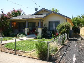 Comfortable House with Internet Access and A/C - Redding vacation rentals