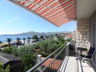 Studio at the beach no. 7 - Okrug Gornji vacation rentals