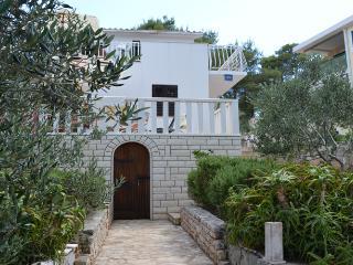 Nice 2 bedroom Vacation Rental in Rogac - Rogac vacation rentals