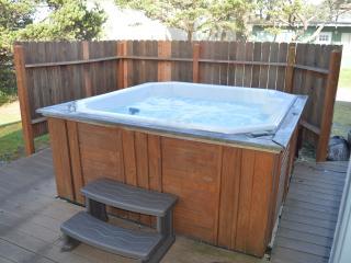 Nedonna Two - 4 Bedroom~Hot Tub~Great Beach Access - Rockaway Beach vacation rentals